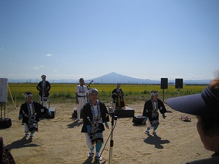 09.0927民謡を唄う (16)