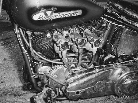 Triple carburetor