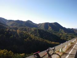笹子峠から見た紅葉