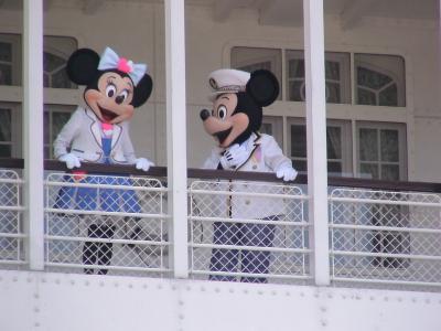 ミッキーマウスとミニー