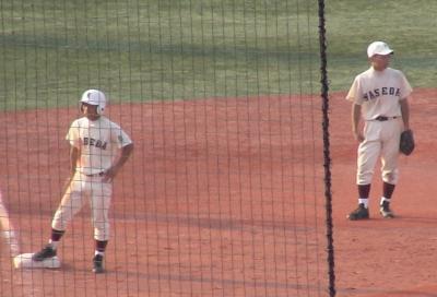 早稲田実(左)、早大学院