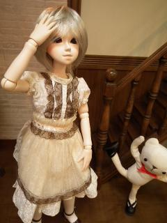 可愛いドレスはディーラーさんのMSDサイズだそうです