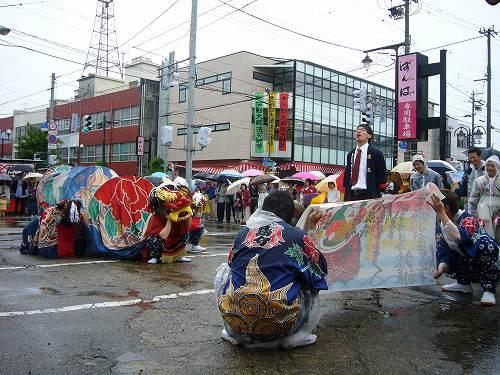 H220523獅子舞共演会島分花紙