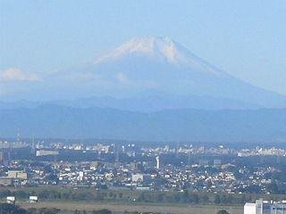 快晴の秋の朝。富士山が見えた。