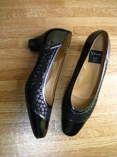blackshoes.jpg