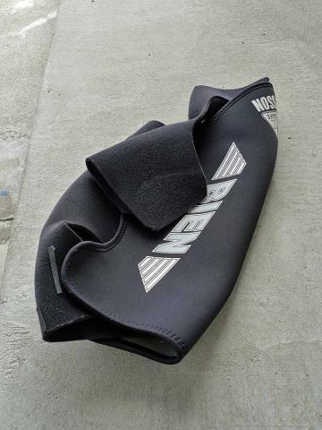 wet suit  (4)