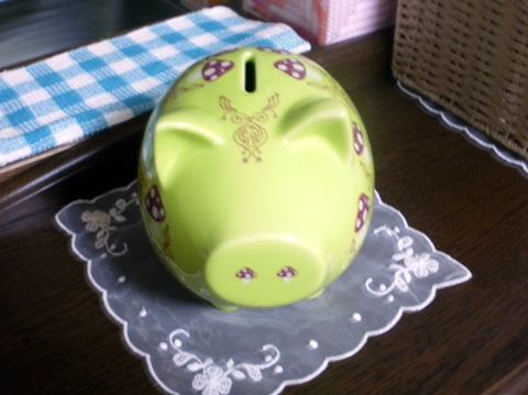 お気に入りの豚の貯金箱