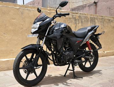 honda-cb-twister-front-cross-side-view.jpg