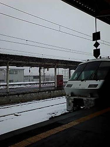 雪の長崎駅1
