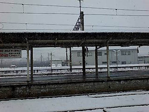 雪の長崎駅2