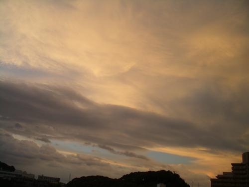 夕焼け曇り空