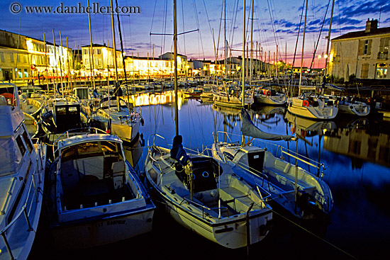 ile_de_re-nite-harbor-6-big.jpg