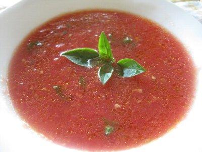 生トマトのスープ