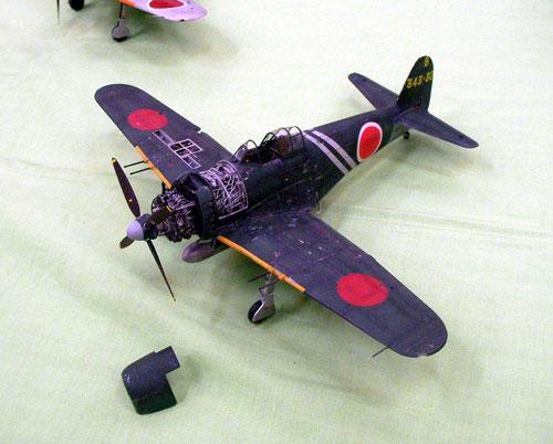モケイ-4
