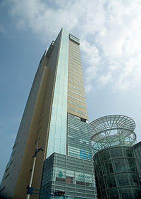 シンボルタワー 2