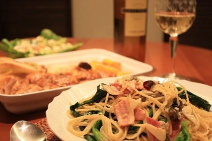 牡蠣とホーレン草ベーコンのパスタ