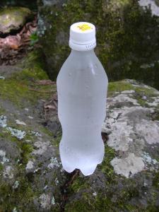 20110813_湧水ペットボトル