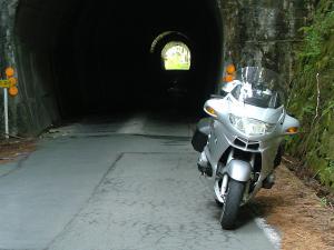 箒木山トンネル南端