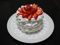 苺デコレーションケーキ