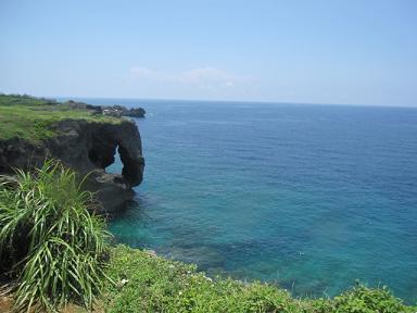 海の青さぁ~に、空のあ~お~♪