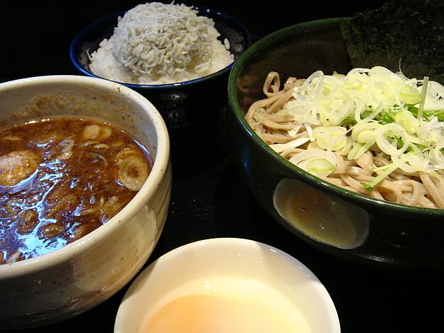 つけ蕎麦しらすご飯セット+温泉玉子@龍馬灯