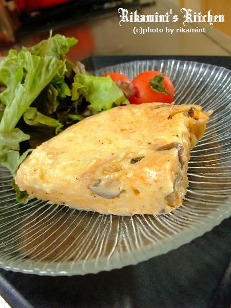 DSCF12・20しめじとチーズのたらこオムそば (4)