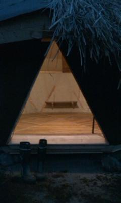 籾殻ハウス玄関