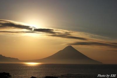 開聞岳と太陽