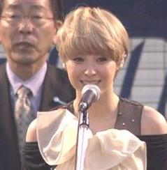 松浦亜弥さん専門ブログ あやや 国歌独唱 始球式03