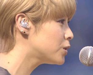 松浦亜弥さん専門ブログ  あやや 国歌独唱 始球式04