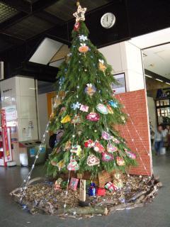 丸亀駅のツリー