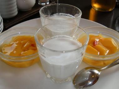 桃華楼ココナッツミルクとマンゴープリン