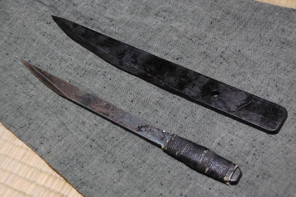 円明流短刀型手裏剣と翠月剣