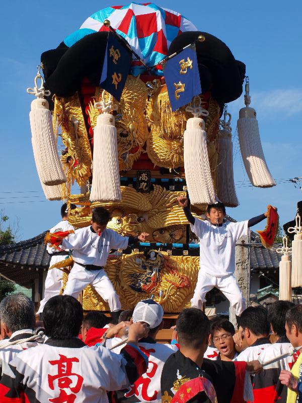西条祭り 嘉茂神社 宮出し 高丸太鼓台