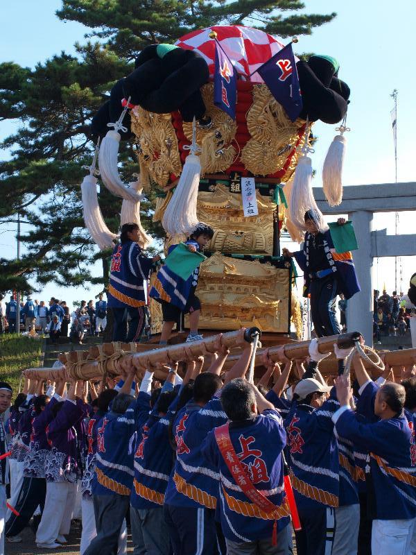 西条祭り 嘉茂神社 宮出し 上組太鼓台