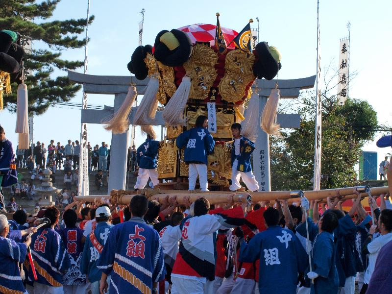 西条祭り 嘉茂神社 宮出し 中組太鼓台