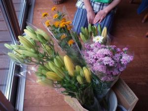 20110702栃尾から届いた切り花