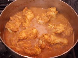 20110707鶏肉を煮る