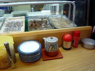 立ち食い寿司(カウンター)