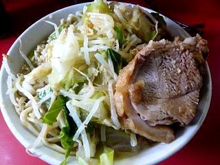 ラーメン二郎三田本店(小豚横1)