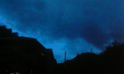 2010.08.29.19.15東の空
