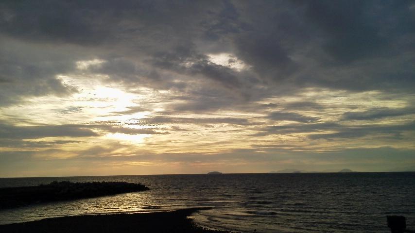四国の夕景
