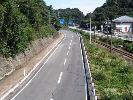枯葉・国道3〈2016‐10‐09〉
