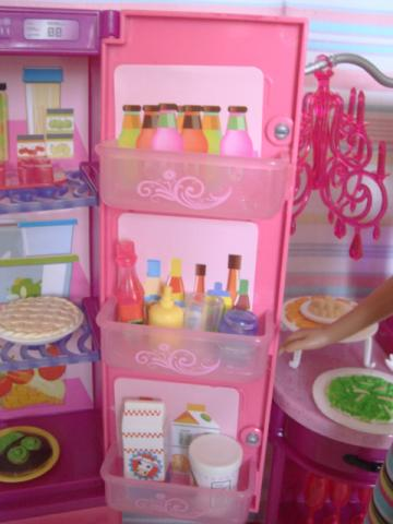 barbie kitchen13