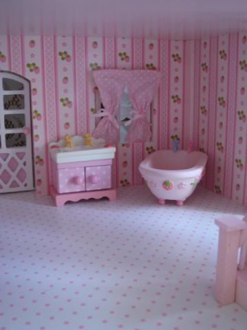 dollhouse11.jpg