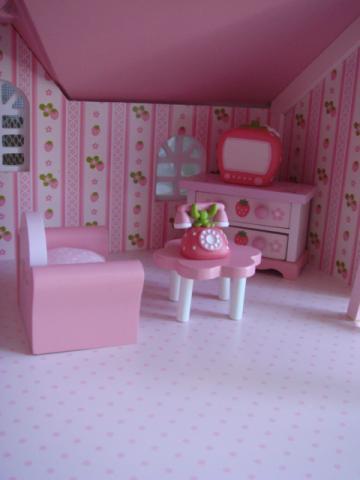 dollhouse13.jpg