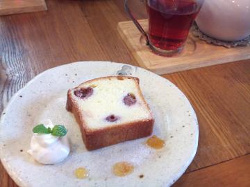 サワーチェリーのパウンドケーキ2