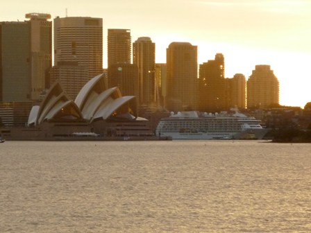 sunset and operahouse