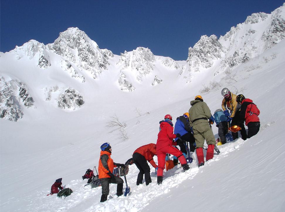 全国雪崩(3) ピット掘り