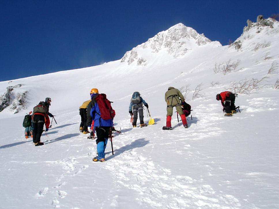 全国雪崩(4) 雪の不安定判断へ